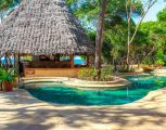 the-sands-at-chale-island-130.jpg