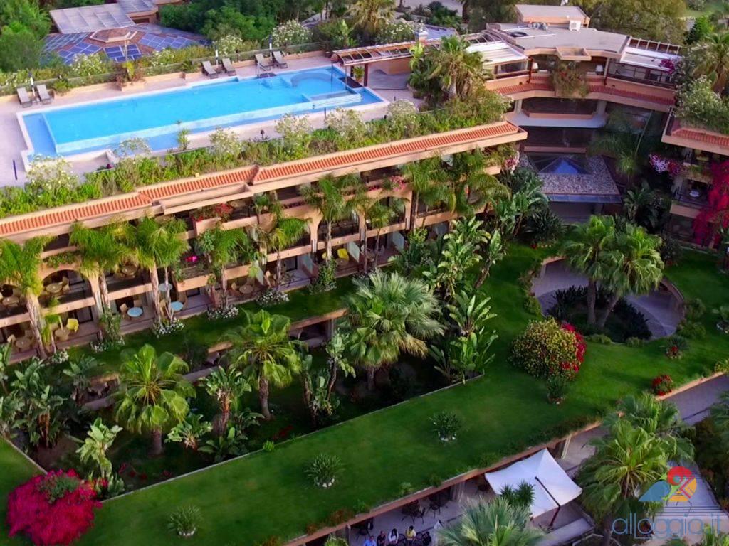 Acacia resort 4 stelle a campofelice di roccella - Acacia dive resort ...