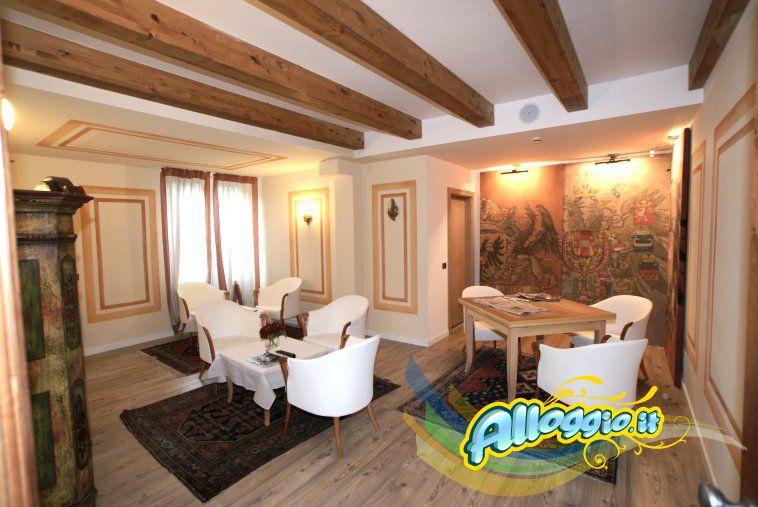 Al Sole Residence Club a Canazei (Trentino)