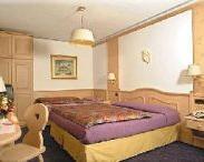 hotel-centrale-san-martino-di-castrozza-4.jpg