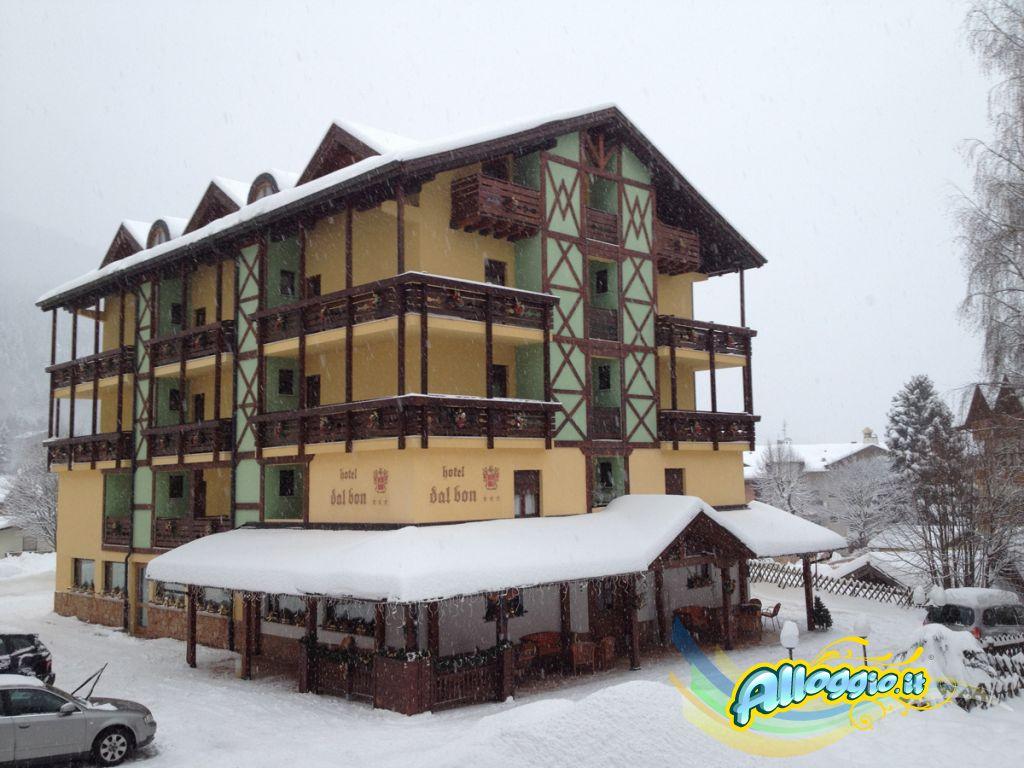 Hotel Dal Bon, struttura 3 stelle a Andalo (Trentino)