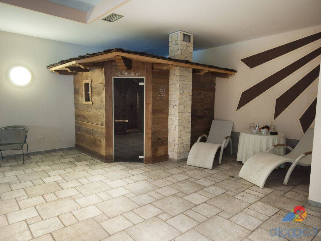 Golf Hotel, struttura 4 stelle a Loc. Costa - Folgaria (Trentino)