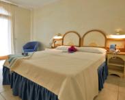 club-esse-posada-beach-resort-palau-7821895.png