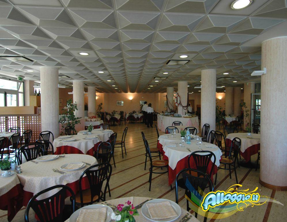 Pasqua nelle Marche - Orovacanze Club le Terrazze Hotel