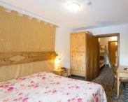 hotel-villa-emma-canazei-5540438.jpg